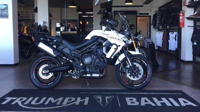 Triumph Tiger 800 XRX, big trail, 800 cc