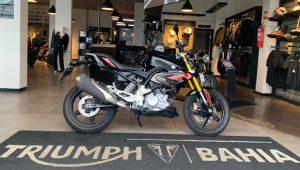 BMW G310R, 300 cc, naked