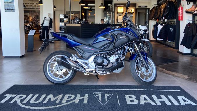 Honda NC 750 X, 2020, 750 cc, uso misto, semi-nova